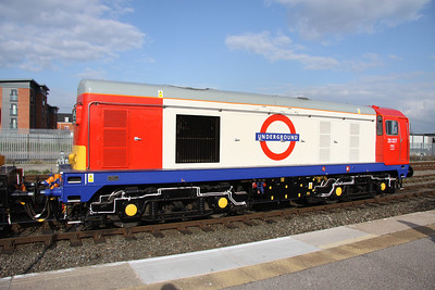 19 April. 20227 had been painted into London Transport maroon many years ago and was then named SIR JOHN BETJEMAN. Her new colour scheme is a vast difference to her previous recent livery of old red stripe railfreight.