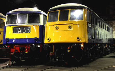 6 Dec. Shades of blue as 83012 + 81002 discuss former WCML jaunts at Barrow Hill.