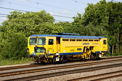 4 July. DR 73922 John Snowdon heads south at Chelmscote with the 1330 Warrington Bank Quay - Watford Junction.