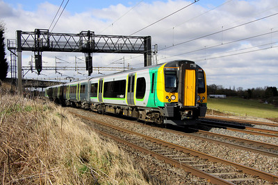 12 March. 350110 PROJECT 110 heads past Chelmscote on the fast working the 1033 BNS - Euston.