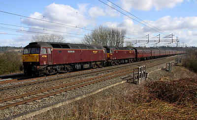 12 March. 47786 Roy Castle OBE + 57601 lead through Chelmscote with 47237 on the rear working the 5Z43 1029 Southall - Carnforth.