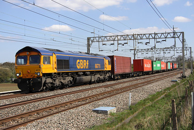 4 May. One of only a few GB 66's to be unnamed, 66711 passes Soulbury in charge of the 4M23 1045 Felixstowe - Hams Hall.