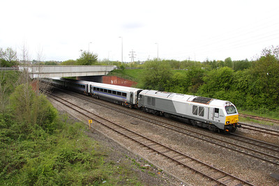 14 May. 67010 the former Unicorn, heads out of Banbury leading the 1R16 0845 Marylebone - Birmingham Snow Hill.