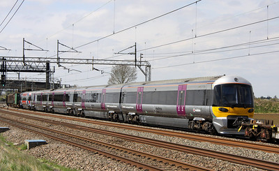 4 May. Refurbished 332008 passes Soulbury in the consist of the 7V03 1425 Wolverton Centre Sidings - Old Oak Common Heathrow Express.