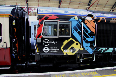 5 Nov. The livery now applied to 66718 sure stands out. A welcome colourful additon to the GB Europorte fleet.