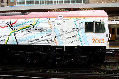 5 Nov. A more detailed view showing the underground graphics on the white 2013 side of the loco.