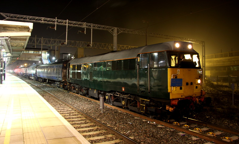 1 November 2015. DCR green but on hire to Rail Operations Group, 31452 stands at Bletchley about to reverse into the TMD with SE 375605. The ensemble had originated from Derby and was stopping off overnight at Bletchley Depot. 31452 failed the following morning on the second leg of the journey to Ramsgate shortly after leaving the TMD. 56104 was scrambled from Leicester and topped the 31 to the Isle of Thanet.