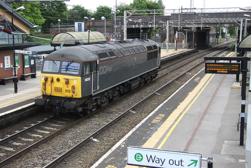 3 June 2016. 56312 Jeremiah Dixon Son of County Durham Surveyor of the Mason - Dixon Line U.S.A. hums light through Wolverton working the 0Z56 1025 Leicester LIP - Willesden.