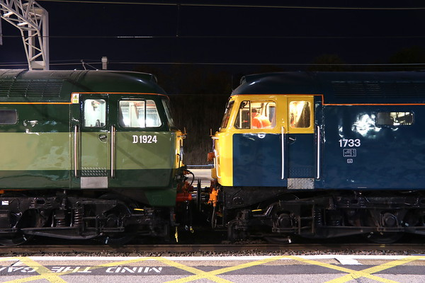 27 October 2018. Heritage livery companions as D1924 and 1733 stand together at MK before the off to the Highland capital of Inverness.