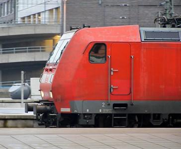 146 126 at Bremen Hbf 16 November 2017