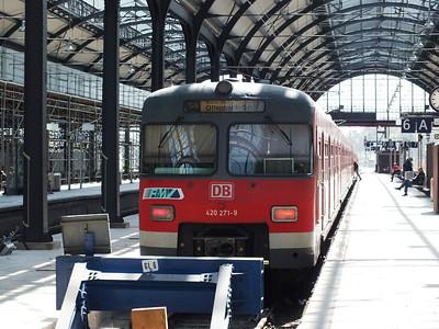 420 271 Wiesbaden Hbf 23 April 2013
