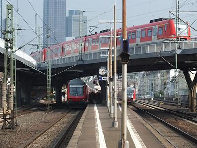 423 xxx Frankfurt West 22 April 2013