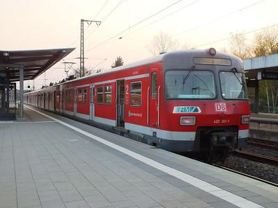 420 285 Frankfurt Stadion 22 April 2013