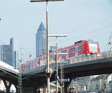 423 953 Frankfurt West 22 April 2013