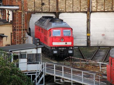 232 535 Halle 28 September 2011