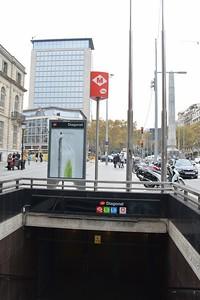 Diagonal Metro station entrance 22 November 2014