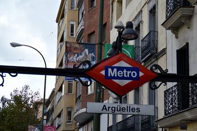 Arguelles Metro station 26 November 2014