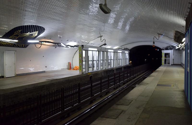 https://photos.smugmug.com/RailSceneEurope/European-Metros/Paris-Metro/i-wMLVQpV/0/2dc86af2/L/DSC_0008%20%281280x831%29-L.jpg