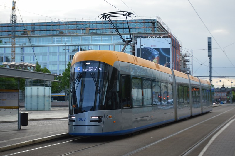 https://photos.smugmug.com/RailSceneEurope/European-Trams/Leipzig-April-May-2018/i-BZccj5G/0/84b2568c/L/DSC_0030%20%281280x851%29-L.jpg