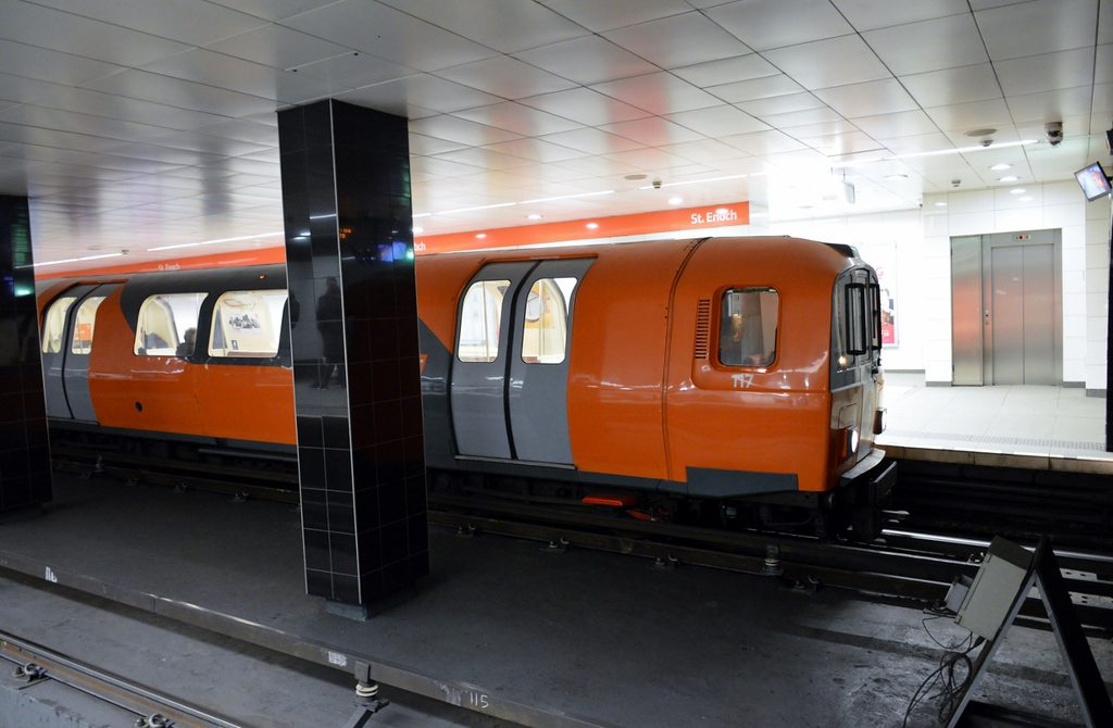 https://photos.smugmug.com/RailSceneEurope/Glasgow-Subway/i-THQrcJm/0/5bfa61a5/XL/DSC_0368%20%281280x837%29-XL.jpg