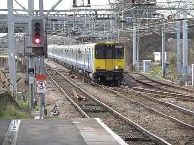 315 824 Ilford 24 February 2011