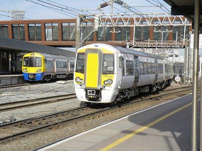 378 206 & 379 005 Stratford 24 February 2011