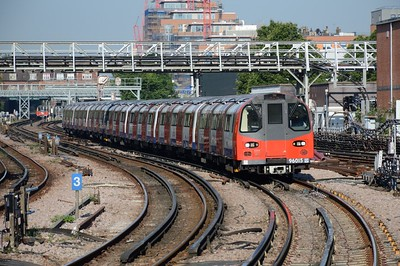 96015 departs Finchley Road 23 July 2016
