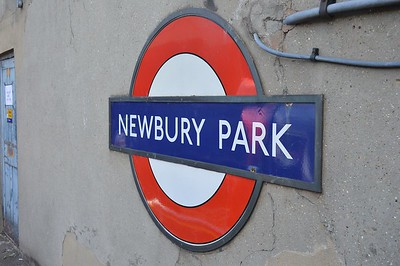 Roundel at Newbury Park 1 September 2017