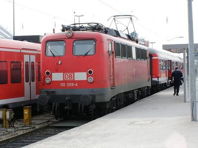110 209 Munchen Hbf 30 March 2007
