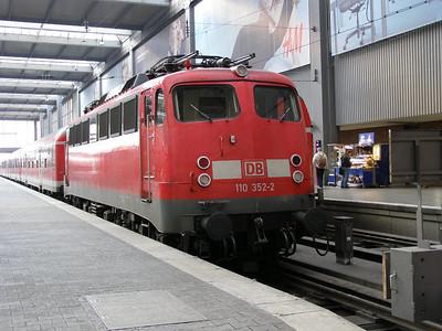 110 352 Munchen Hbf 29 March 2007