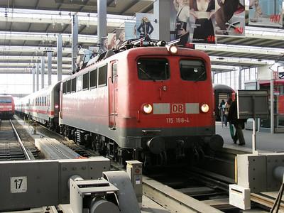 115 198 Munchen Hbf 29 March 2007