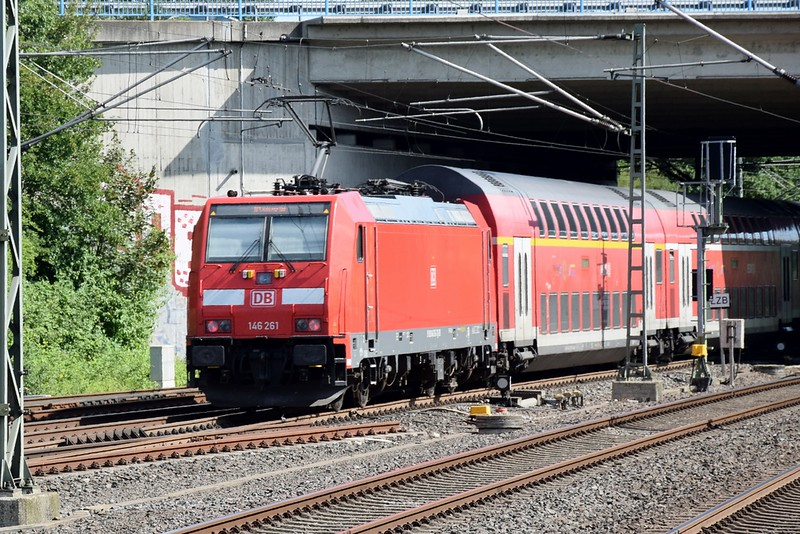 https://photos.smugmug.com/RailSceneEurope/NRW-20th-June-2018/i-DQKDBf6/0/0b190477/L/DSC_0233%20%281280x854%29-L.jpg