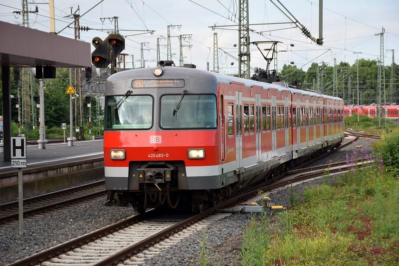 https://photos.smugmug.com/RailSceneEurope/NRW-20th-June-2018/i-vJnxrW8/0/7194bd8e/L/DSC_0006%20%281280x853%29-L.jpg