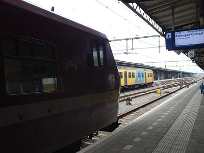 823 (SNCB) Roosendaal 29 March 2012