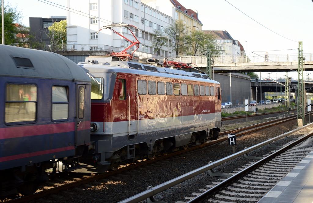 https://photos.smugmug.com/RailSceneEurope/RSE-Berlin-April-May-2018/i-g5HDLCj/0/6e059ea4/XL/DSC_0107%20%281280x833%29-XL.jpg