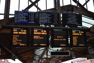 Departure Boards Birmingham Moor St 29 January 2017