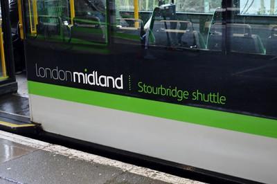 139 001  Stourbridge Junction 29 January 2017