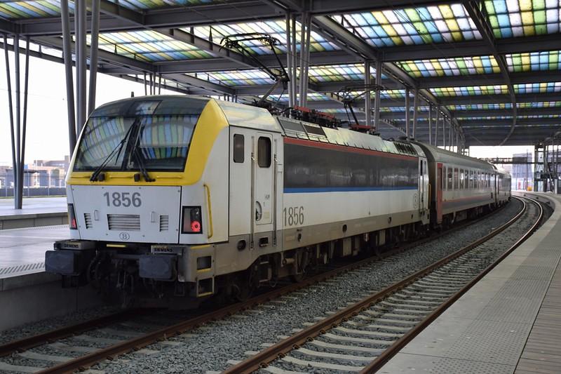 https://photos.smugmug.com/RailSceneEurope/RSE-Brugge-Oostende/i-5xhk3MD/0/9beeb5c9/L/DSC_0162%20%281280x853%29-L.jpg