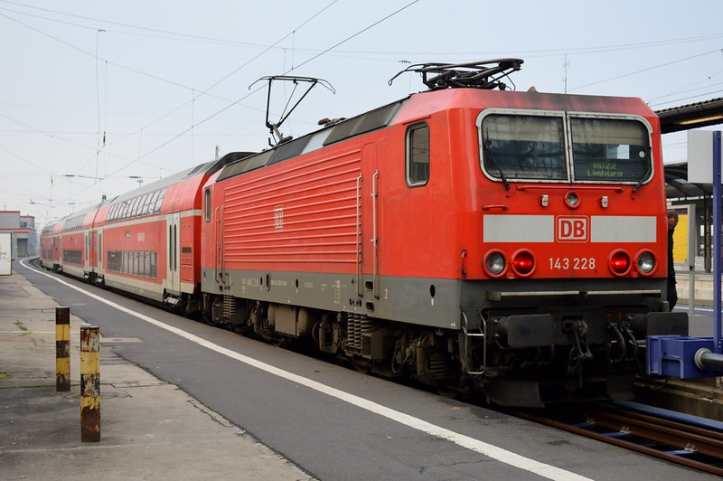 https://photos.smugmug.com/RailSceneEurope/RSE-Frankfurt-November-2017/i-Kx76zCP/0/2ce79875/L/DSC_0035%20%281280x851%29-L.jpg
