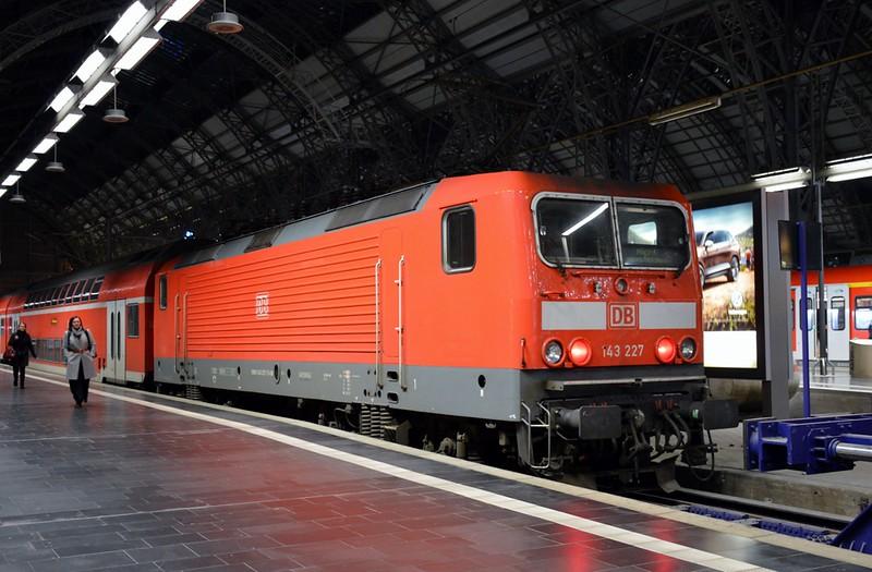 https://photos.smugmug.com/RailSceneEurope/RSE-Frankfurt-November-2017/i-bmGSFDc/0/ea583c86/L/DSC_0301%20%281280x840%29-L.jpg