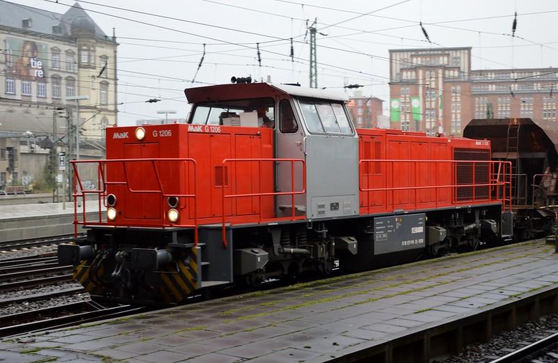 https://photos.smugmug.com/RailSceneEurope/RSE-Hamburg-Area-15-16-November-2017/i-qS7kTph/0/56e5e454/L/DSC_0058%20%281280x834%29-L.jpg