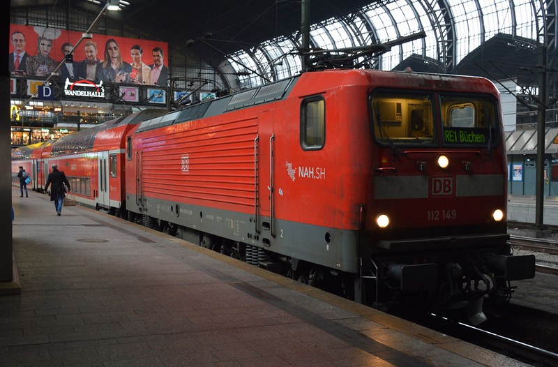 https://photos.smugmug.com/RailSceneEurope/RSE-Hamburg-Area-15-16-November-2017/i-sjfWkSx/0/1ae2c7e7/L/DSC_0036%20%281280x841%29-L.jpg