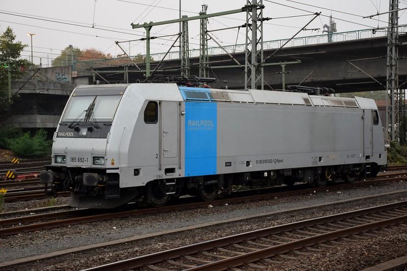 https://photos.smugmug.com/RailSceneEurope/RSE-Hamburg-Harburg-October-2018/i-D2C4gDN/0/be42f668/L/DSC_0118%20%281280x853%29-L.jpg