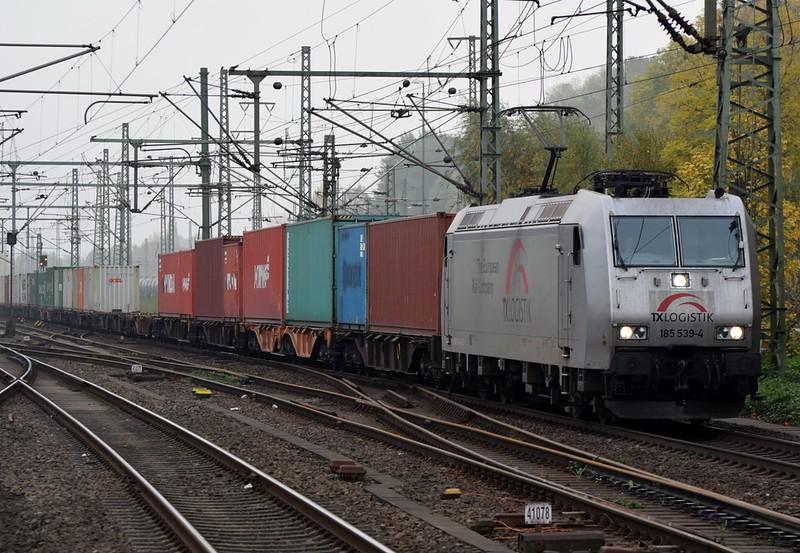https://photos.smugmug.com/RailSceneEurope/RSE-Hamburg-Harburg-October-2018/i-NB2VCZc/0/f84d0c4d/L/DSC_0171%20%281280x885%29%20%281280x885%29-L.jpg