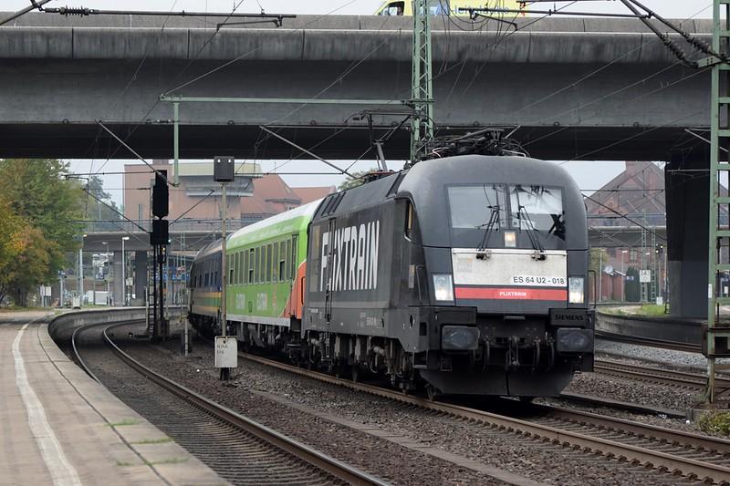 https://photos.smugmug.com/RailSceneEurope/RSE-Hamburg-Harburg-October-2018/i-hprRk3q/0/81abc30d/L/DSC_0177%20%281280x853%29-L.jpg