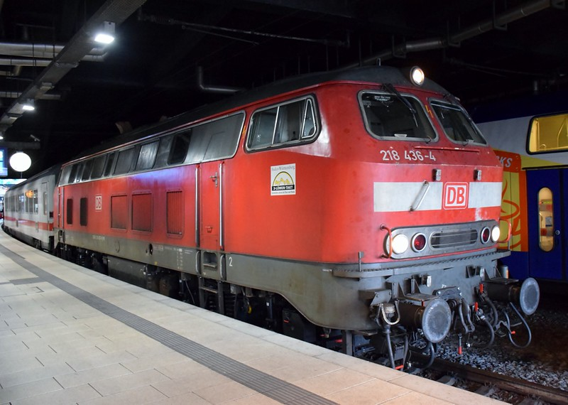 https://photos.smugmug.com/RailSceneEurope/RSE-Hamburg-Hbf-19th-October-2018/i-RPnSBQF/0/95fea1f3/L/DSC_0276%20%281280x911%29-L.jpg