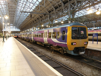 323 223 Manchester Piccadilly 8 June 2011