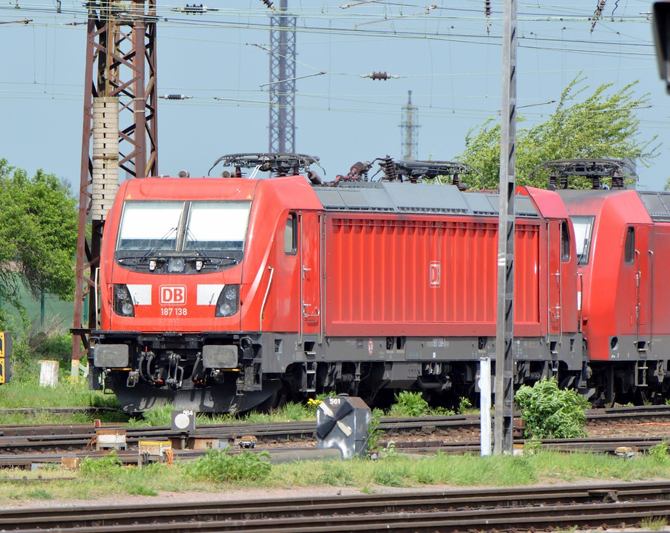 https://photos.smugmug.com/RailSceneEurope/RSE-Leipzig-and-Saxony/i-DRCSNMW/0/f8744593/XL/DSC_0205%20%281280x1018%29-XL.jpg