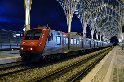 2402 Lisboa Oriente 22 November 2015