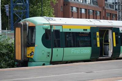 377 120 East Croydon 25 July 2016